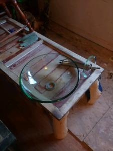 Glass bowl sink