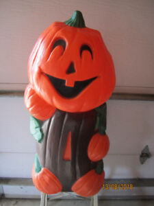 HALLOWEEN THINGS  FOR SALE.