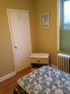Students, rooms available4 rent. Everything included Gatineau Ottawa / Gatineau Area image 10