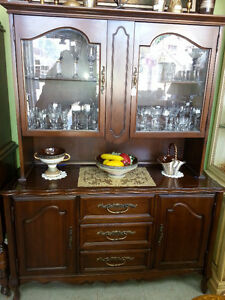 FRENCH PROVINCIAL CHINA CABINET