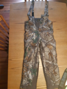Youth XL camo hunting pants