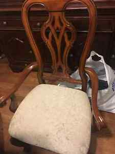 6 dining table chairs!! London Ontario image 1