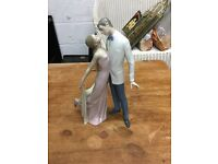 Lladro Figure Anniversary Kissing Couple VGC