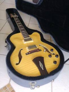 Ibanez Artcore AF105 NT Hollowbody Electric Guitar