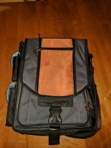 Centrios Laptop Bag