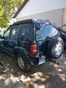 2006 jeep liberty for parts