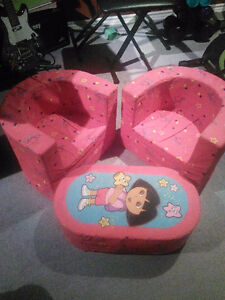 Child dora chair and table - stuffed