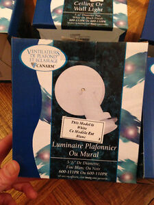 6 brand new ceiling to wall lights// Luminaire Plafonnier
