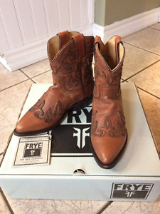 Authentic Frye Billy Short Leather Boots Size 6.5 $100
