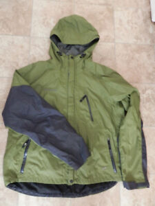 Men's clothing: 6 jackets and 4 pairs of pants (some new)