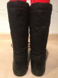 Women's Arctic Ridge Rugged Wear Winter Boots Size 8 London Ontario image 3