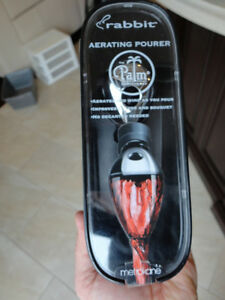 Brand New Rabbit Aerating Wine Pourer - Great quality Kitchener / Waterloo Kitchener Area image 1