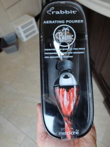 Brand New Rabbit Aerating Wine Pourer - Great quality Kitchener / Waterloo Kitchener Area image 1