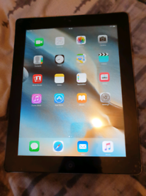 APPLE IPAD 3 32GB WIFI MODEL TABLET IN GOOD CONDITION