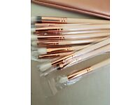 Zoeva 12 piece makeup brush set