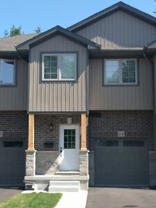 Available Immediately! New Townhouse