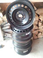 4 x Steel Rims of a Honda Odyssey