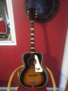 VINTAGE ACOUSTIC GUITAR, 1950'S/60'S, MADE BY KAY