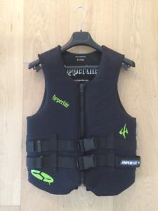 Hyperlite Life Jacket Black Medium (fits small)