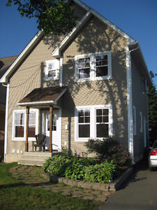 Beautiful One Bedroom Close to Champlain Mall (Heat Included)!!!