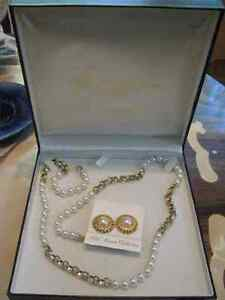 5th Avenue Saks New York Collection Pearl Necklace & Earrings Regina Regina Area image 1