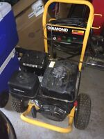 3800 psi GAS pressure washer. Only 1 year old. Paid over $1400