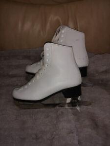 Cameo skates girls size 2