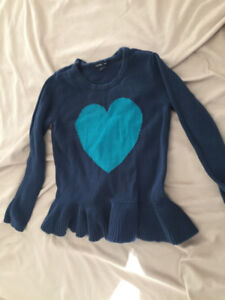 3T baby gap heart sweater / knit long sleeved top