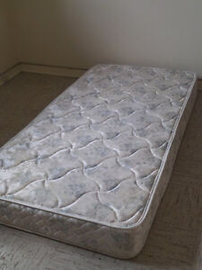 Twin/Simple Mattress