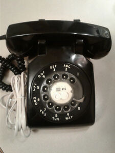 Rotary telephone Northern Electric Canada VTG