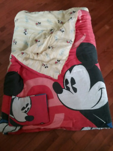 Mickey mouse comforter and pillow case