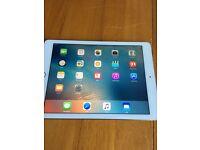 iPad Air 2 silver 64gb Wifi & cellular (EE)