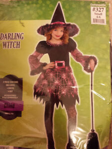 New Halloween witch costume - 4-6 years old.