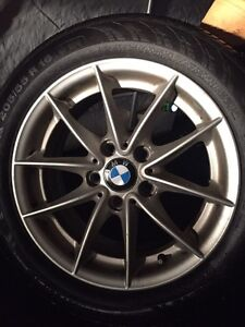 Mag 16 pouces BMW  (vrai) Québec City Québec image 1
