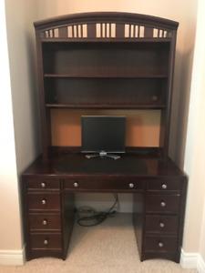 Desk and bookcase hutch