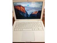 MacBook White 2010 4GB RAM 250GB