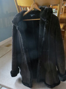 Very warm suede coat London Ontario image 1