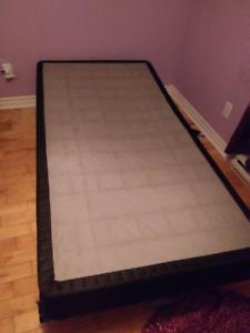 achetez ou vendez des meubles dans saint jean sur richelieu acheter et vendre petites. Black Bedroom Furniture Sets. Home Design Ideas