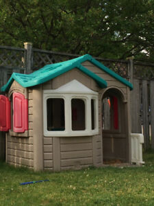 Step 2 Playhouse for Sale (large model)