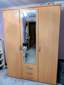 Bedroom Furniture Set - superb condition
