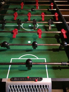 Table soccer et air hockey  65$ ajustement de prix