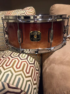 FOR SALE: MINT GRETSCH CATALINA MAPLE SNARE DRUM