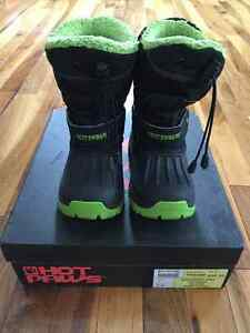 Toddler size 9 Winter Boots