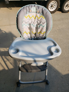 Convertible Highchair