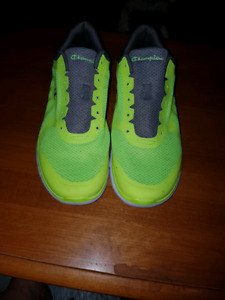 Mens size 12 champion sneakers