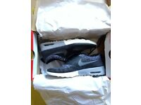 Nike Air Thea size 6 wolf grey