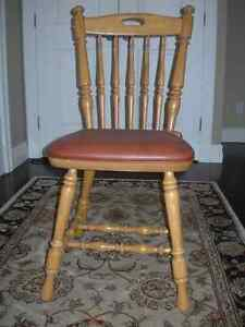 Oak Chair solid wood with removable leather seat brand new.