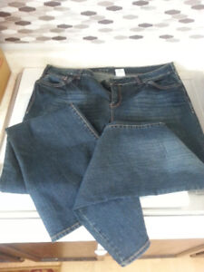 Old Navy Size 38 (16-18) New Jeans