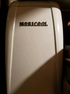 Mobicool Car/Truck/RV Fridge