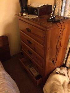 Solid Wood 5 Drawer Dresser